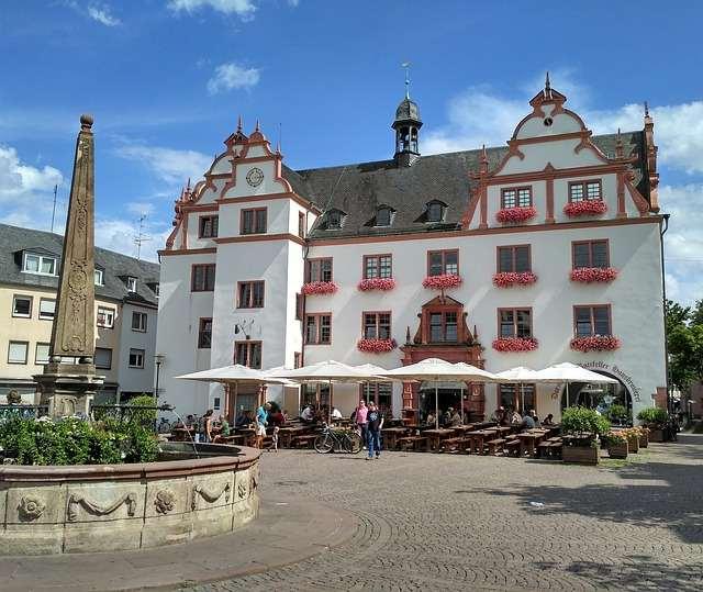 SIGHTSEEING IN Darmstadt -
