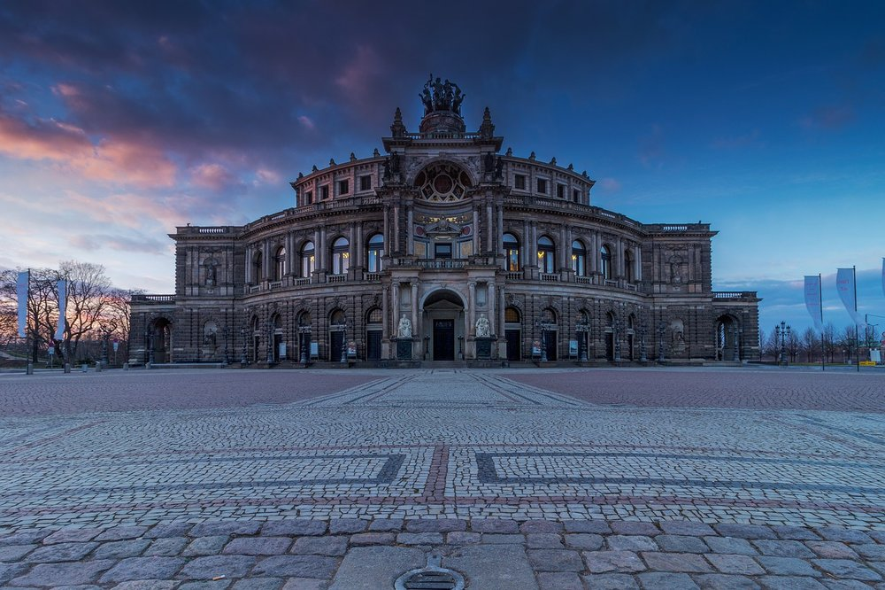 SHOPPING UND KULTUR IN Dresden -