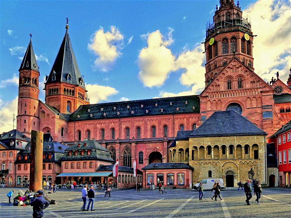 SHOPPING UND KULTUR IN Mainz -