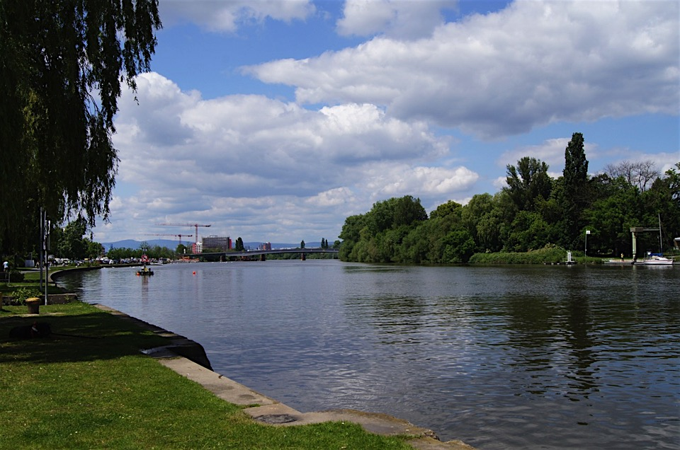 SIGHTSEEING IN Offenbach -
