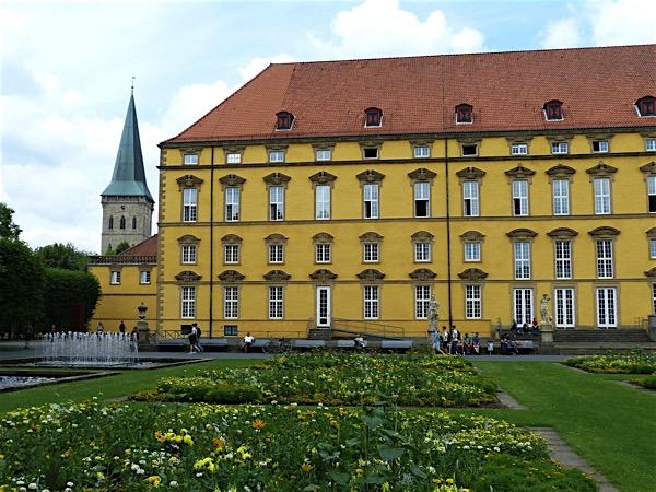 SIGHTSEEING IN Osnabrück -