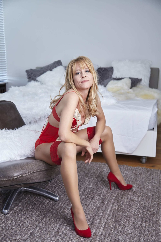 perfect-date-escort-deutschland-high-class-ladies-eva-limburg-lady-maja-024-pp.jpg
