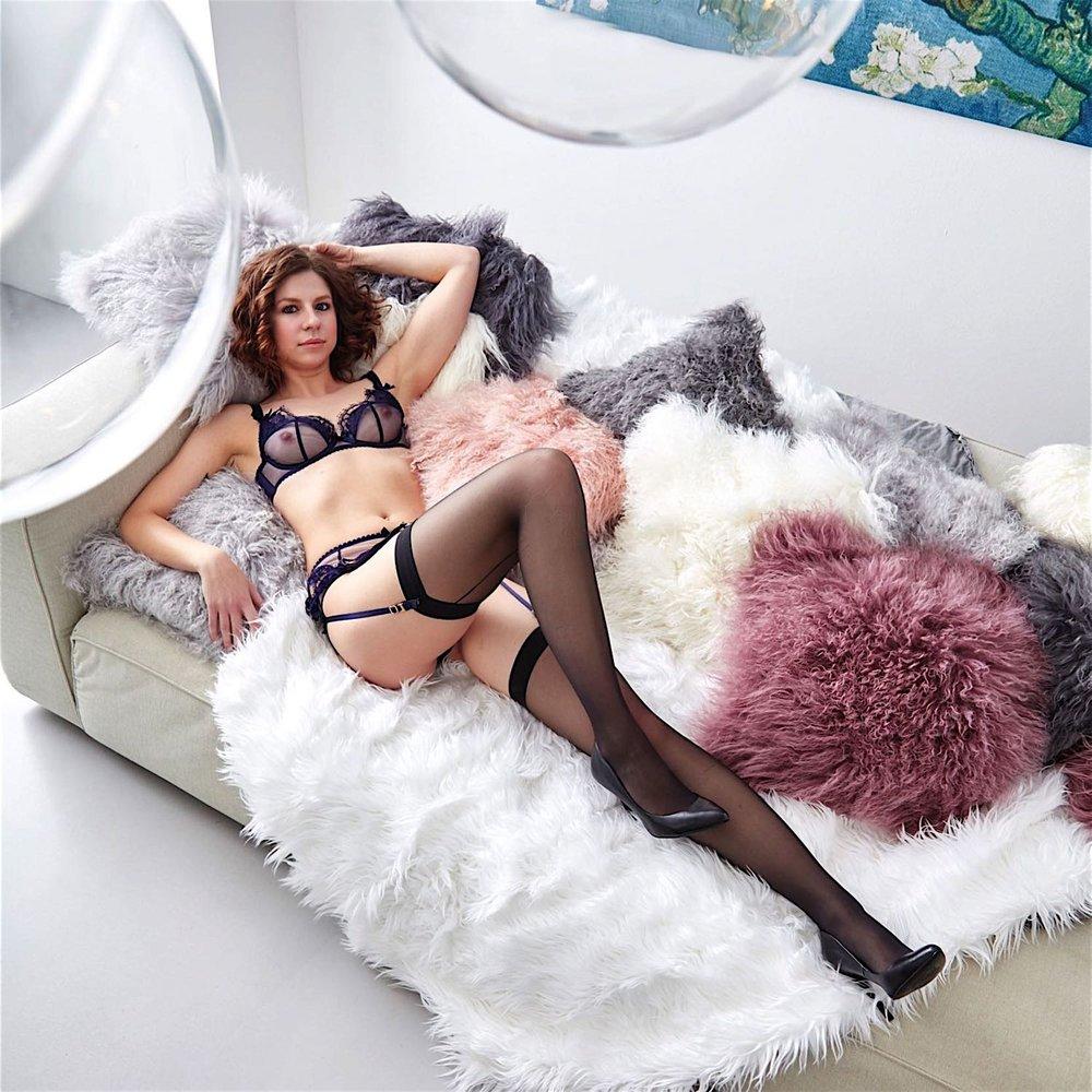 escort-lady-elisabeth-aus-berlin-9900-sq.jpg