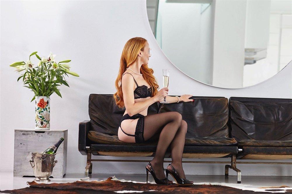 escort-lady-vivien-aus-stuttgart-0556_Kopie.jpg