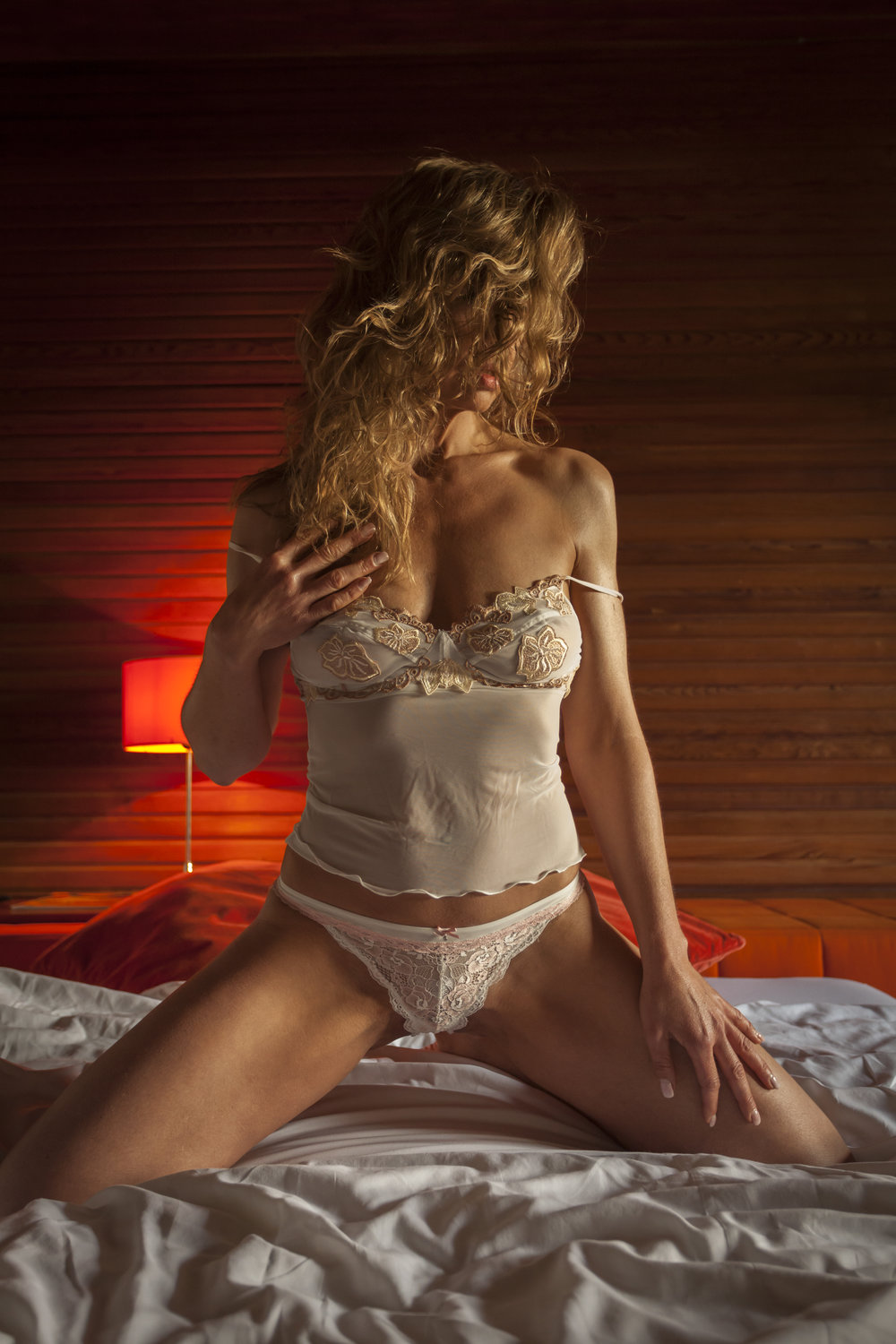 escort-flensburg-lady-madeleine-perfect-date-escort-008.jpg