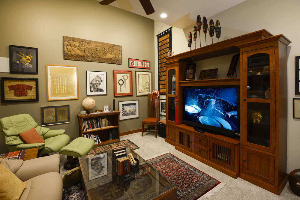 Media room flat w screens-8150.jpg