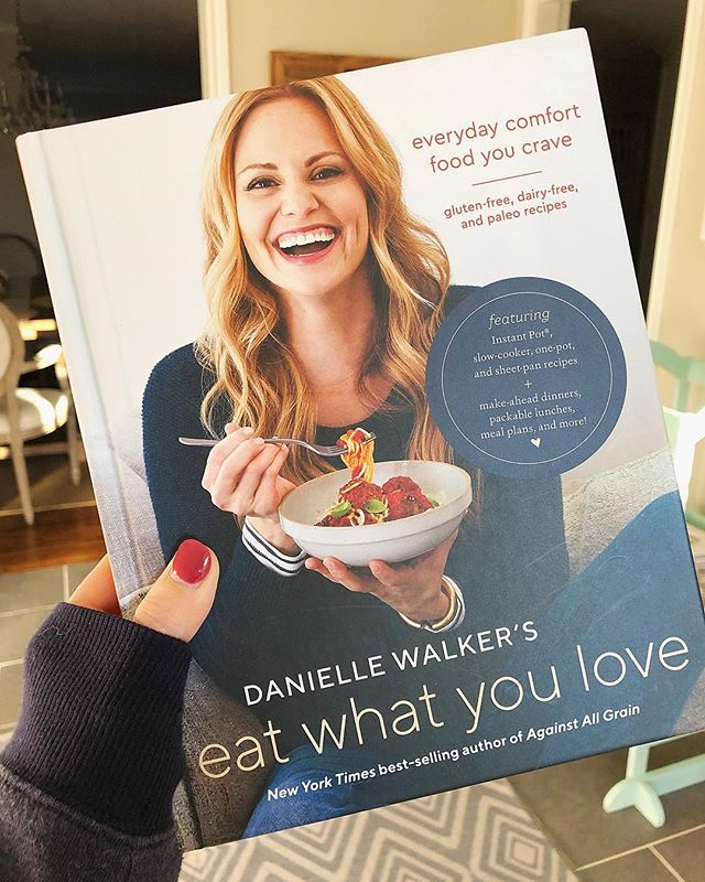 I was so bummed this week to find out I wouldn't be able to make the book tour in Austin for @daniellewalker's new cookbook, but alas, life happens. After I resold my tickets, I went to Amazon and bought this baby. Received it in the mail today and I'm so happy! ❤️ I got my nightly reading planned for the night (#wildsaturdaynight) and couldn't be more content. 🤓 . Danielle Walker is the founder of the Paleo cookbook and blog, Against All Grain. Her story is inspiring and having the same autoimmune disease I have, her writings on the topic convinced me to go (mostly) Paleo 4 years ago. It was a life changing decision and I owe my remission in part to her influence! If you're looking for great Paleo recipes and tips, check her out! She's the real deal! 🌟 ____________ #eatwhatyoulove #paleoqueen #paleoblog #glutenfree #dairyfree #grainfree #whole30 #keto #newyearnewyou #wholefoods #eatwellbewell #hereyouarehome #houstonblogger #saturday #weekendvibes #ulcerativecolitis #autoimmunedisease #ucwarrior #autoimmunewarrior