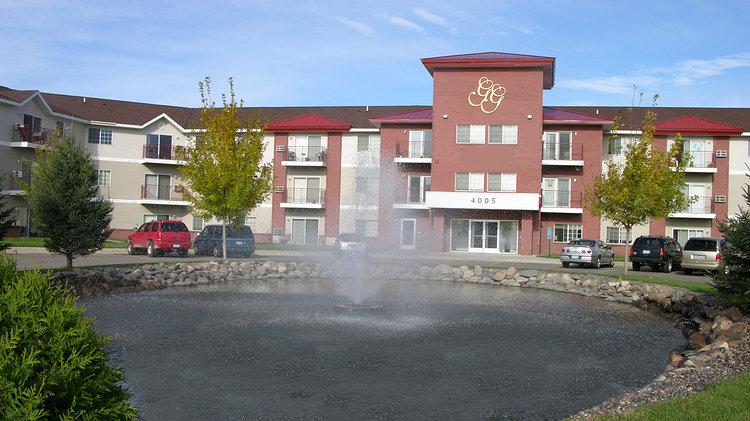 Grand-Gateway-Apartment-Homes (5).jpg
