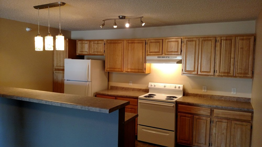 Grand-Gateway-Apartment-Homes-Updated-Kitchens.jpg