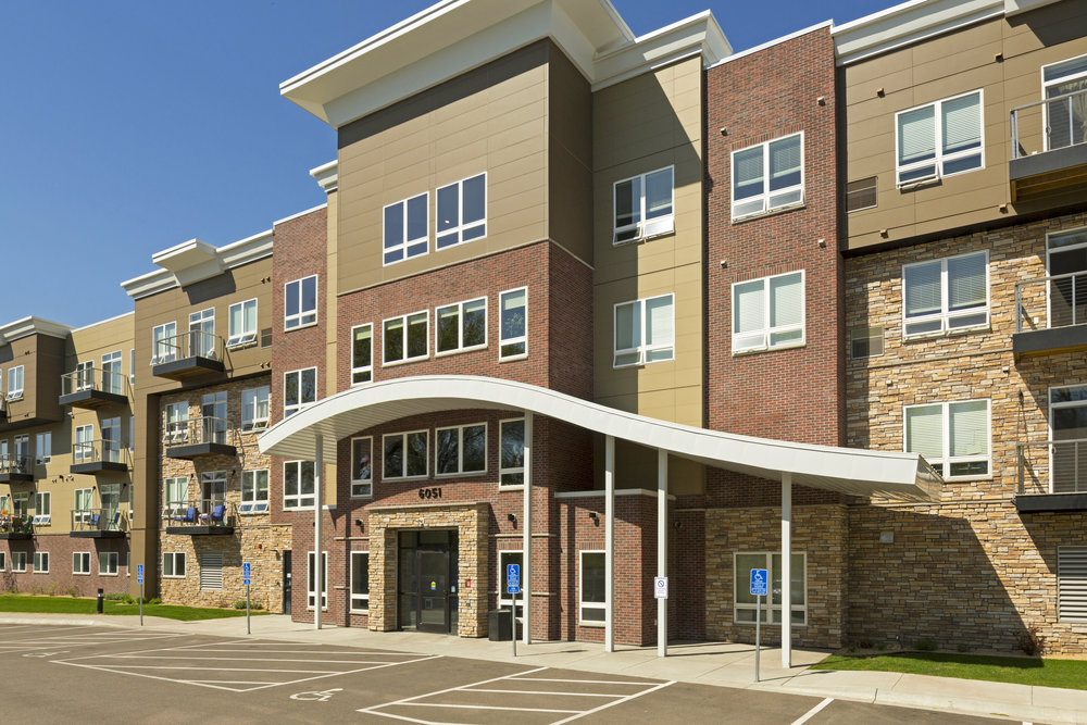 Cielo 2 Apartments  101 Units - Fridley, MN
