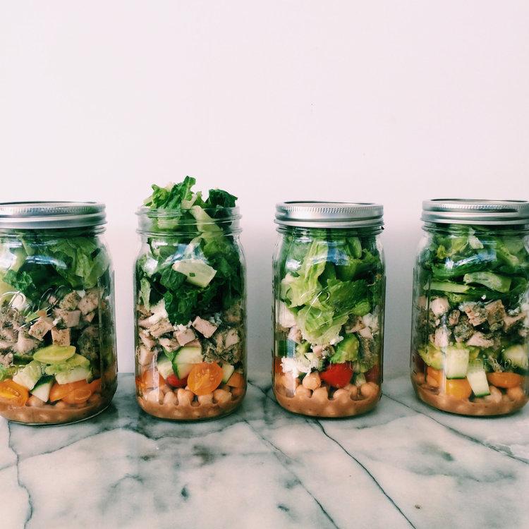 Mediterranean pesto salad in a mason jar