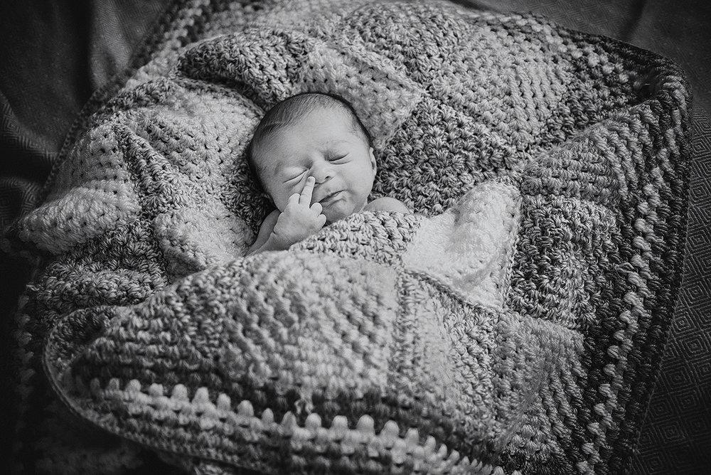 jmp_newborn_007.jpg