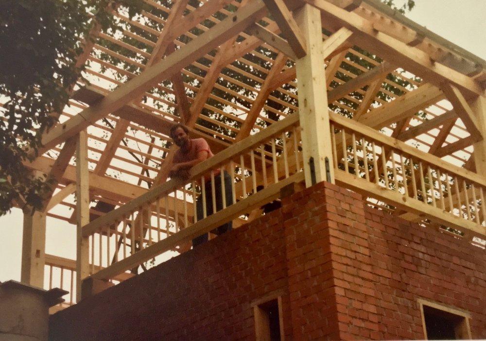 Kocherscheidt building the first extension at their Jennersdorf home, 1979. Photo: Elfie Semotan
