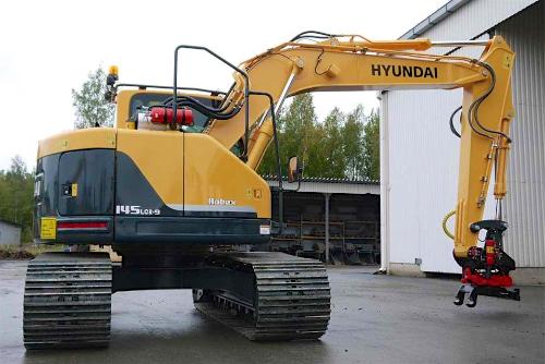R 145 LCR-9 - Hyundai roomikekskavaator