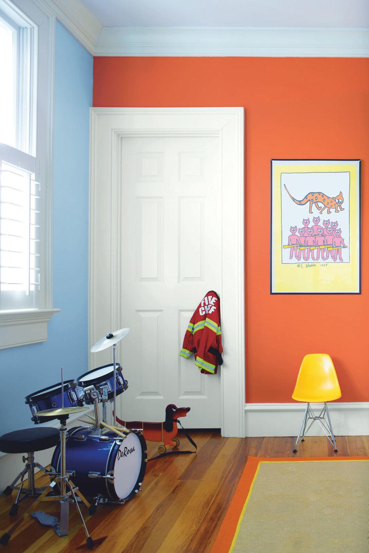 Orange_and_Blue_Children_s_Bedroom.jpg
