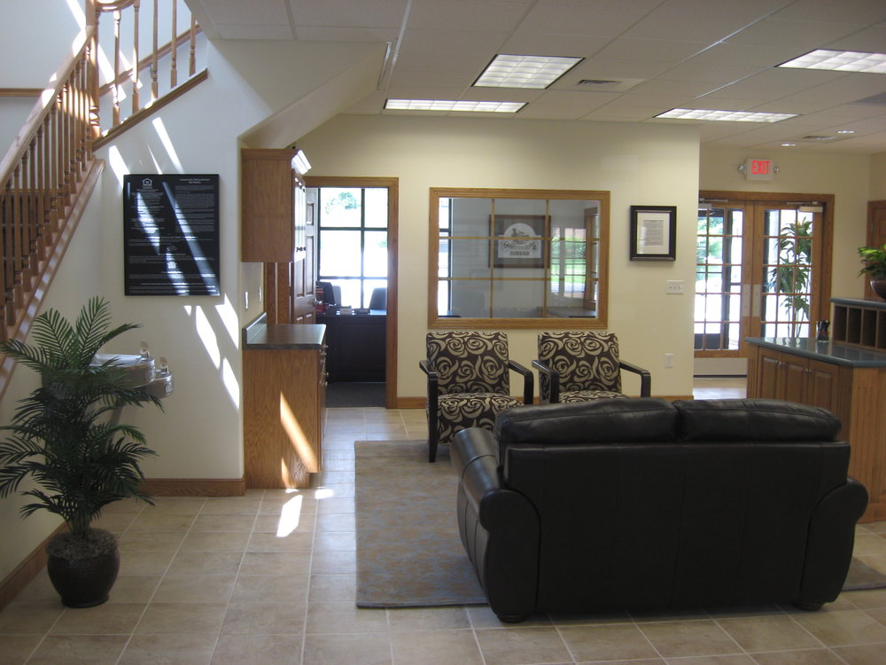 furnished interior (3).jpg