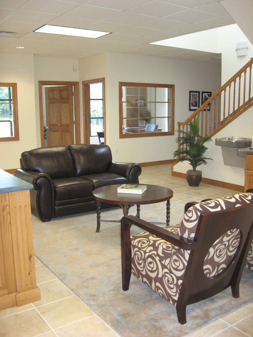 furnished interior (5).jpg