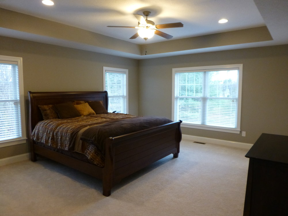08 Kentwood Dr Master Bed.JPG