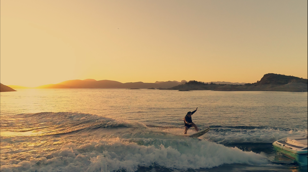 Drone-Wakeboarding-Sunset_1.png