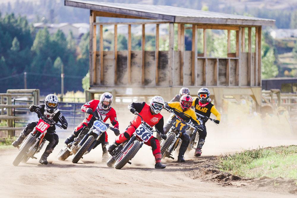kelowna-vintage-motorcycle-racing-okanagan-motorcycle-racing-canadian-flat-track-racing (12 of 15).jpg
