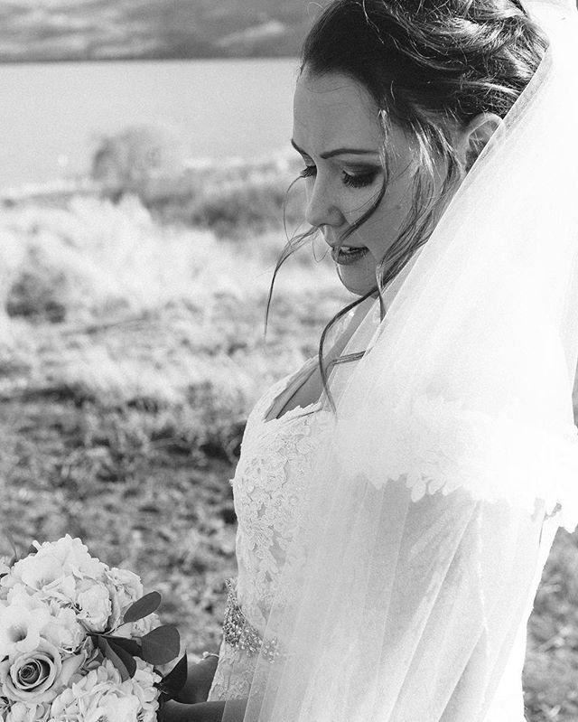Some bridal beauty to feast your eyes this fine morning 👰😊💕 - - - - - #weddingphotographer #okanaganphotographer #kamloopsphotographer #engaged #shesaidyes #lifeofadventure #makeportraits #exploretocreate #canadiancreatives #killeverygram #thatsdarling #makeportraits #bride #sohappytogether #weddinginspo #juliedorgephotography #photobugcommunity #weddingstyle #visualsgang #everydayibt #huffpostido #dreamweddingshots #beautifulbc #greenweddingshoes #weddingseason #chasinglight #vancityhype #vancouverweddingphotographer #destinationweddingphotographer #canadianweddingphotographer