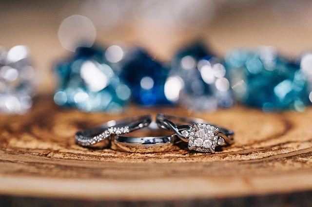 It's yucky and raining out, let's look at how beautiful these rings are instead ☔️ 💍💕 - - - - - #weddingphotographer #okanaganphotographer #kamloopsphotographer #engaged #shesaidyes #lifeofadventure #makeportraits #exploretocreate #canadiancreatives #killeverygram #thatsdarling #makeportraits #brideandgroom #weddingrings #weddinginspo #juliedorgephotography #photobugcommunity #weddingstyle #visualsgang #everydayibt #huffpostido #dreamweddingshots #ringshot #greenweddingshoes #weddingseason #chasinglight #vancityhype #vancouverweddingphotographer #destinationweddingphotographer #canadianweddingphotographer
