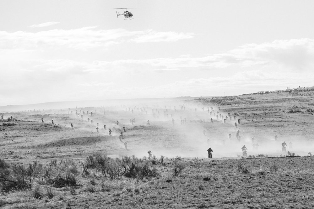 odessa-desert-100-enduro-cross-race-florence-oregon-sand-dunes-dirtbiking-julie-dorge-photography (4 of 7).jpg