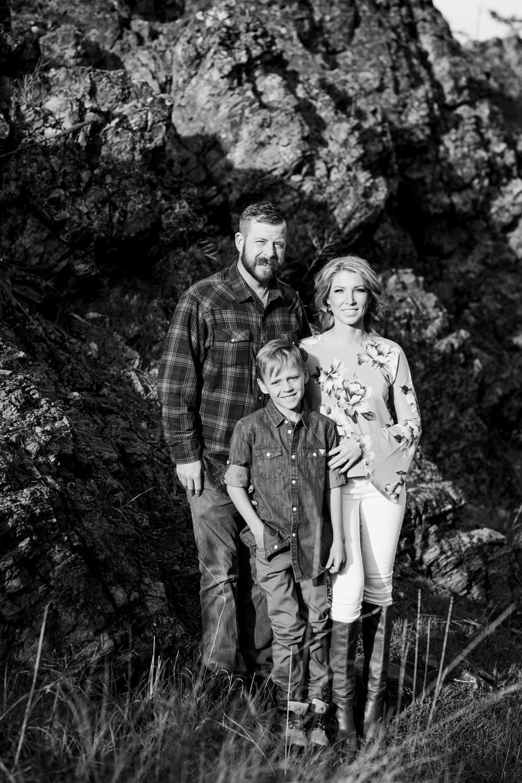 bertram-park-family-photography-bertram-beach-park-kelowna-bc-bertram-family-photographer-julie-dorge (2 of 20).jpg