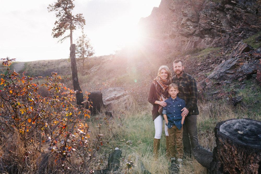 bertram-park-family-photography-bertram-beach-park-kelowna-bc-bertram-family-photographer-julie-dorge (14 of 20).jpg