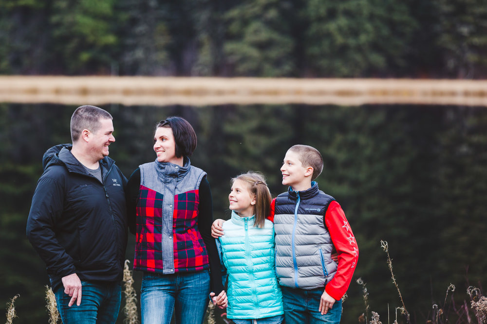 quesnel-family-photographers-quesnel-family-photography-cotton-wood-river-quesnel-bc-kelowna-photographer-julie-dorge (3 of 48).jpg