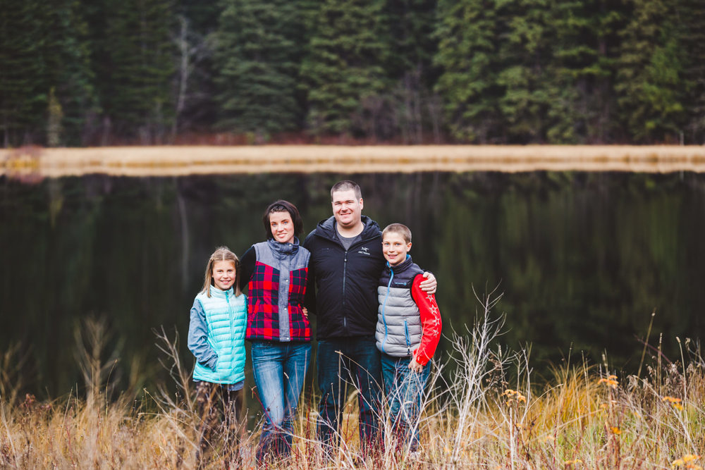 quesnel-family-photographers-quesnel-family-photography-cotton-wood-river-quesnel-bc-kelowna-photographer-julie-dorge (8 of 48).jpg