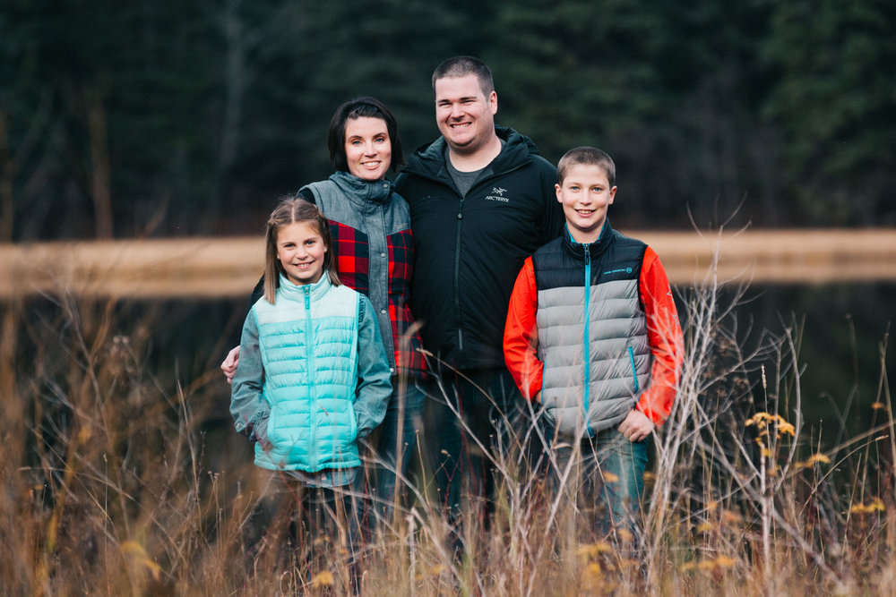quesnel-family-photographers-quesnel-family-photography-cotton-wood-river-quesnel-bc-kelowna-photographer-julie-dorge (9 of 48).jpg
