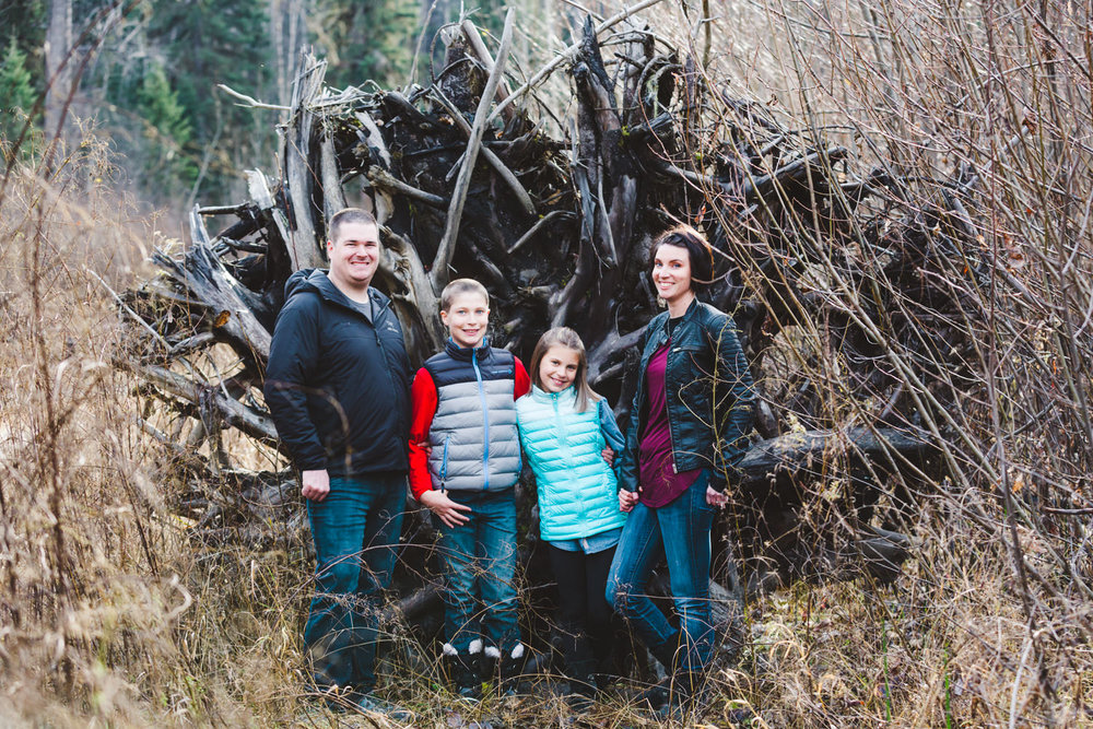 quesnel-family-photographers-quesnel-family-photography-cotton-wood-river-quesnel-bc-kelowna-photographer-julie-dorge (25 of 48).jpg