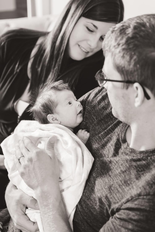 kelowna-lifestyle-newborn-photographers-okanagan-lifestyle-newborn-photography-quesnel-newborn-photographer-julie-dorge (7 of 44).jpg