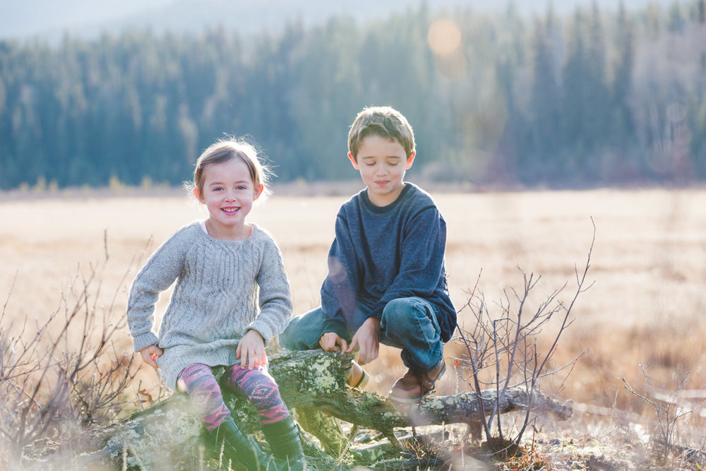kelowna-outdoor-family-photography-family-advernture-photographers-okanagan-bc-kids-photos-julie-dorge (39 of 58).jpg