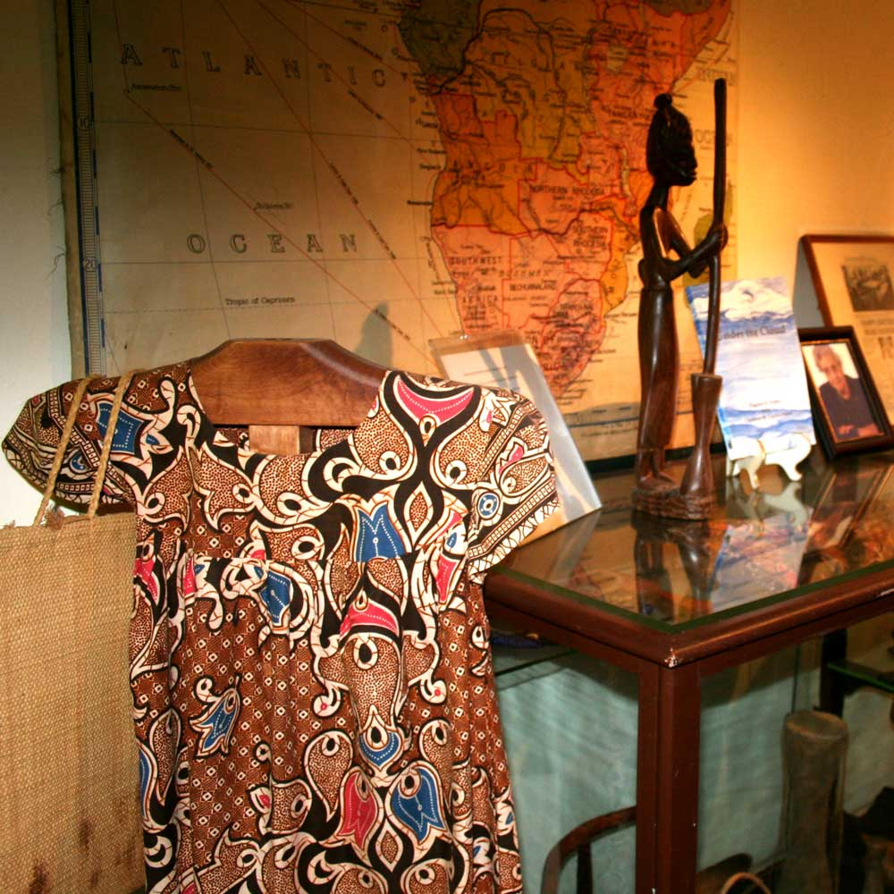 African Display