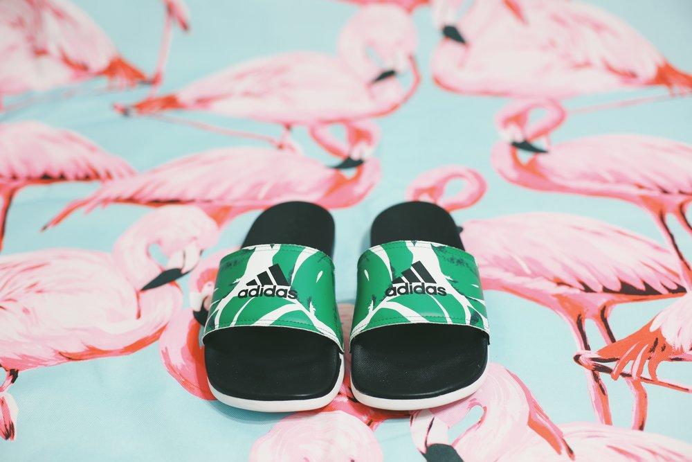 Adidas 'Adilette' Cloudfoam Ultra Slide palm leaf print
