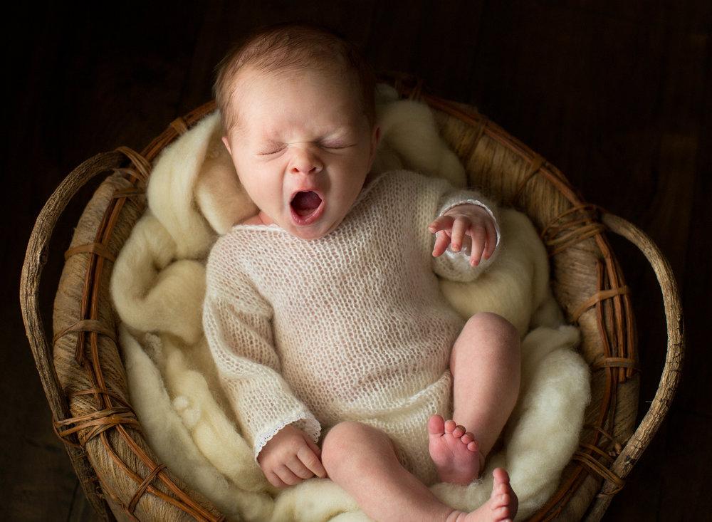 RosieLee_Newborn-1.jpg