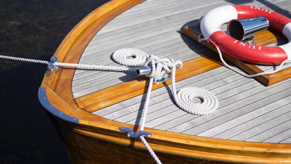 boat-boat-rope-bouy-997615 (1).jpg