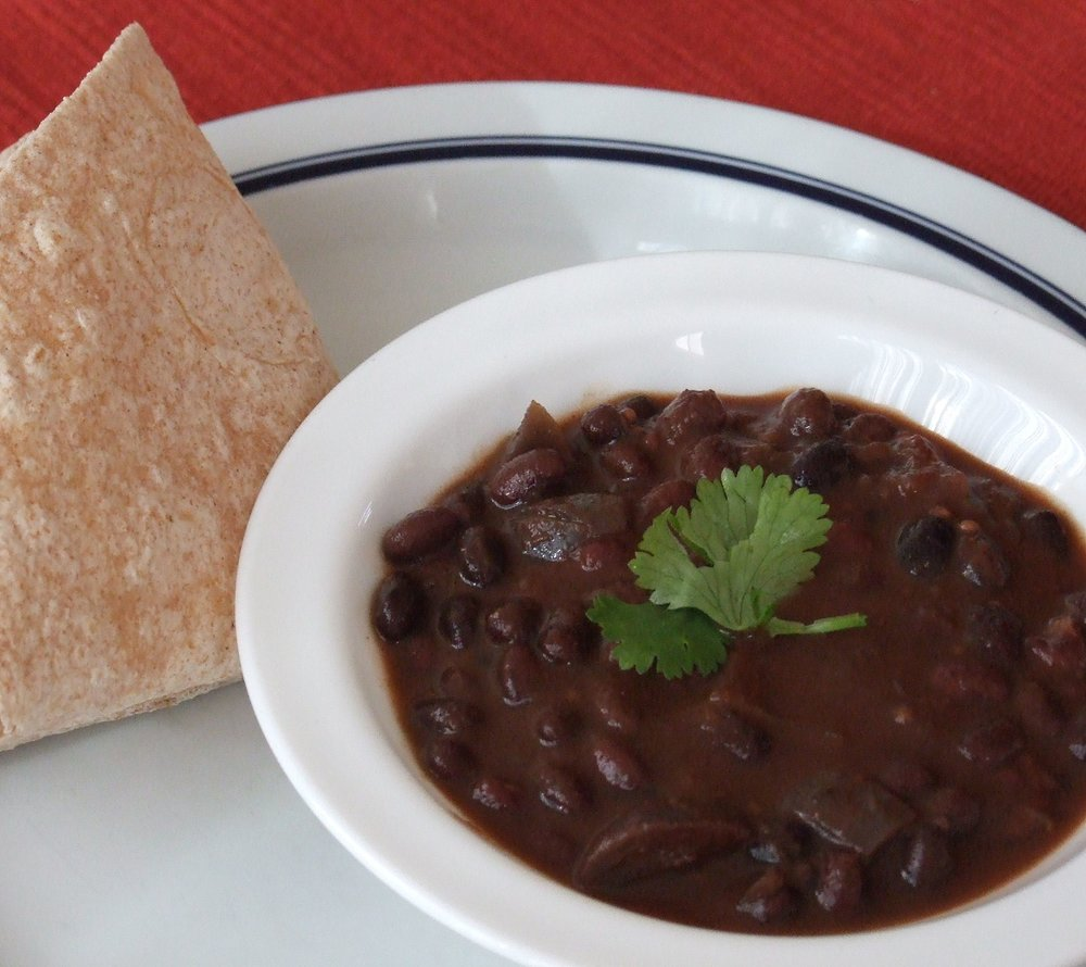 slowcook_blackbeanchili.jpg
