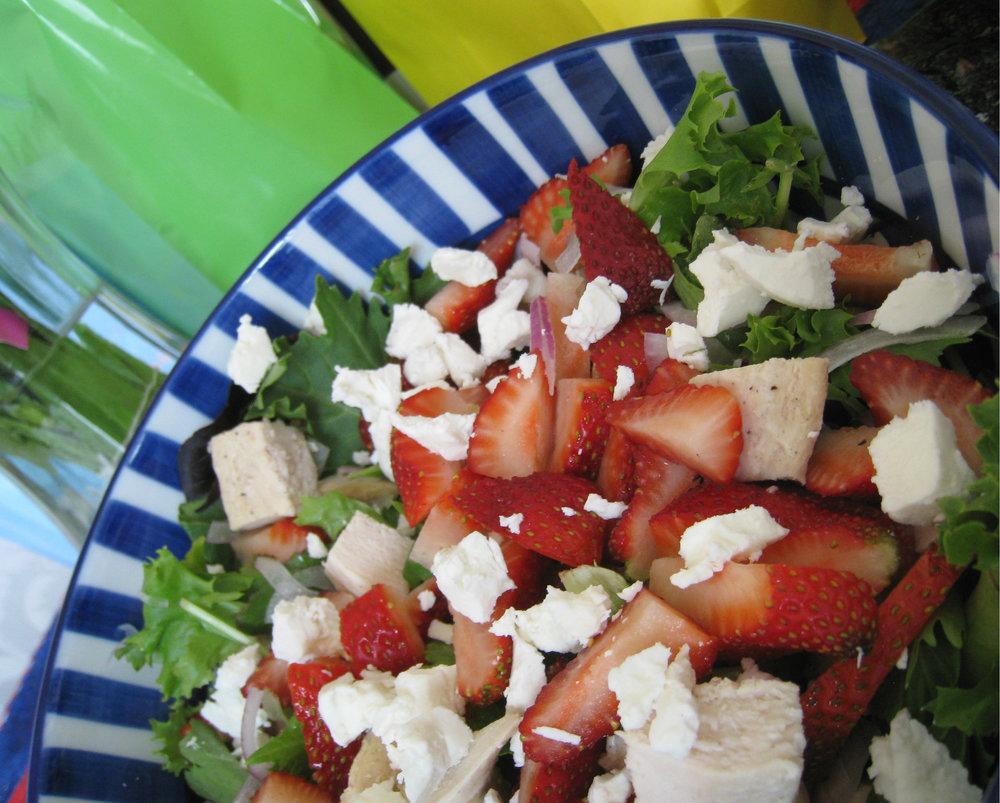 straw_chk_salad2.jpg