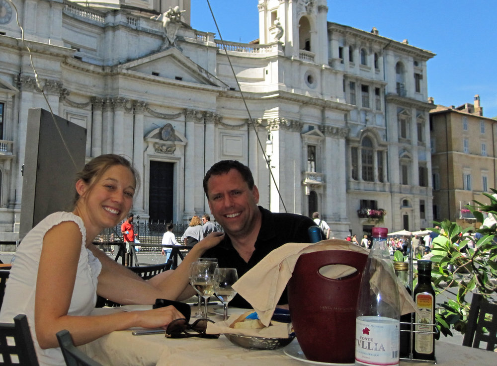 Laura-and-Chris-eating-in-Rome.jpg