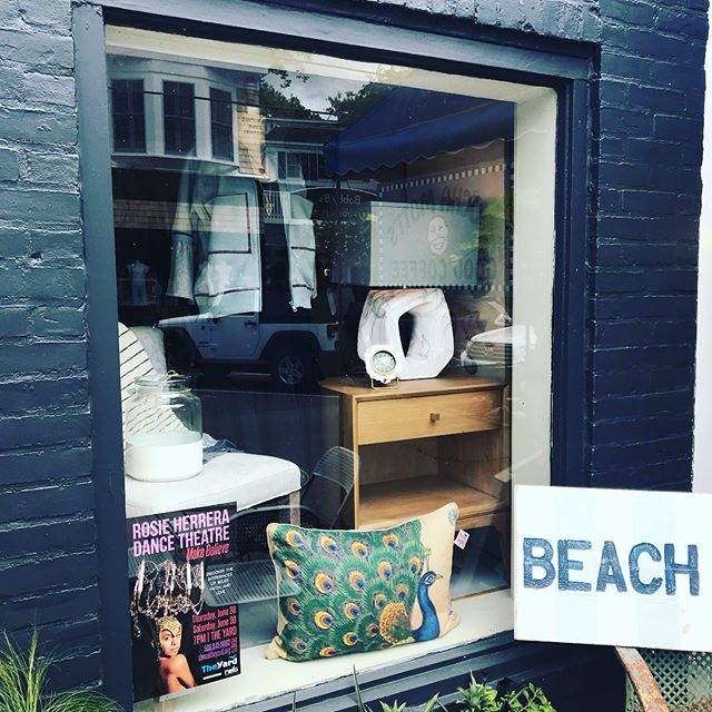 New windows for a new week! #brickyardmv #mv#handmade #shoplocalmv #marthasvineyard #shopmainstvh #visitvineyardhaven