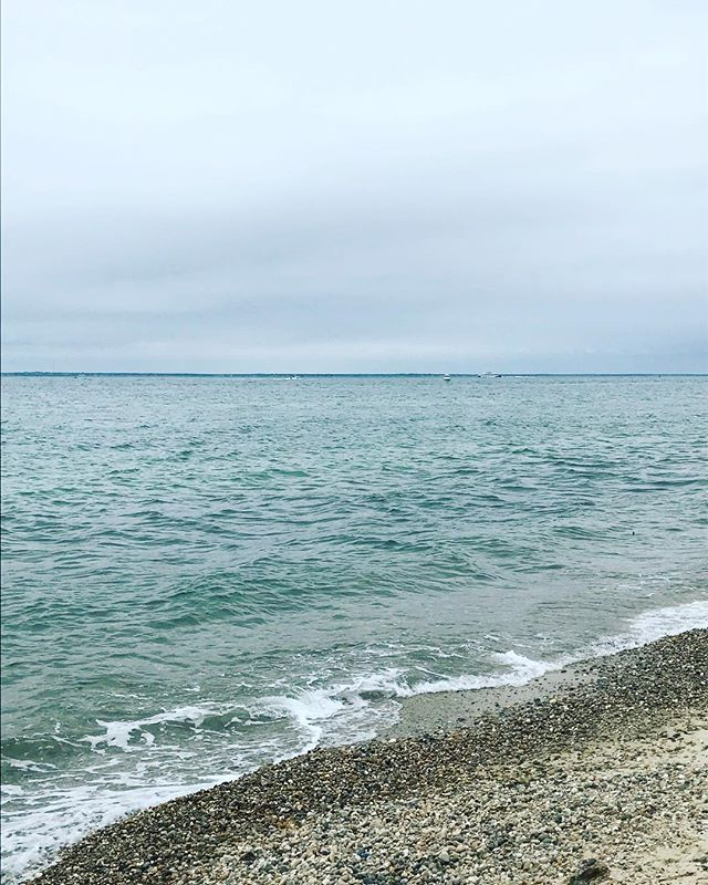 Here's to hoping the sun comes out tomorrow... #brickyardmv #mv #marthasvineyard #vineyardhaven #overcast #oceanview #westchop