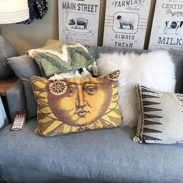 Upholstery sale! Select upholstered furniture 20-50% off. Open until 7 today!! #brickyardmv #mv #marthasvineyard #furnituresale#summersale #shoplocalmv #boutiquemv #visitvineyardhaven