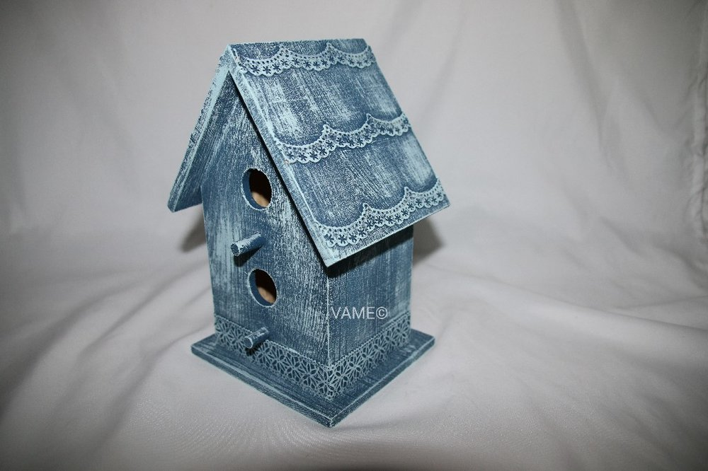 Birdhouse1_wm.JPG