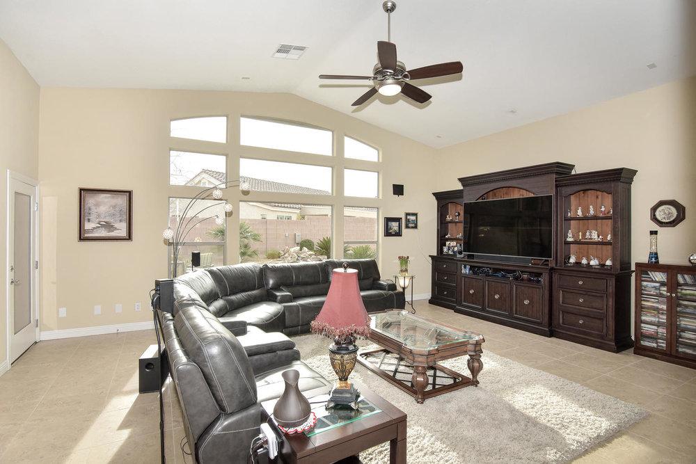 5917 W Cozumel Pl Las Vegas NV-large-004-11-LIVING ROOM-1499x1000-72dpi.jpg