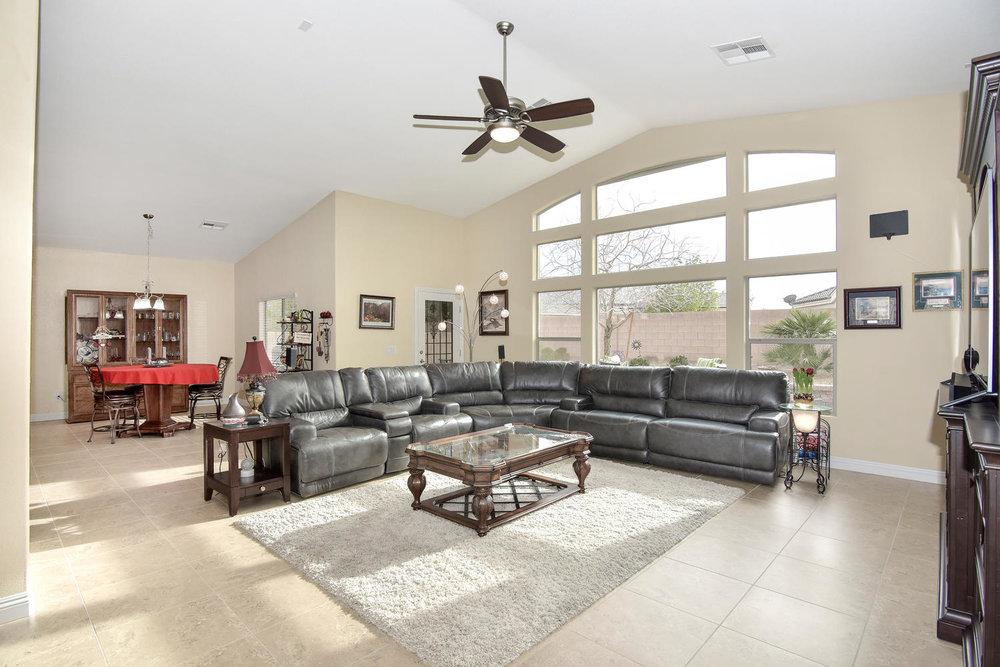 5917 W Cozumel Pl Las Vegas NV-large-005-13-LIVING ROOM-1499x1000-72dpi.jpg