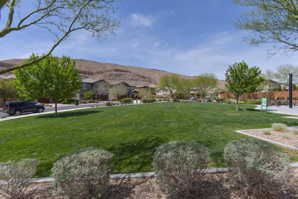 5639 Oak Bend Dr Desert Hills-large-034-29-COMMUNITY PARK-1499x1000-72dpi.jpg