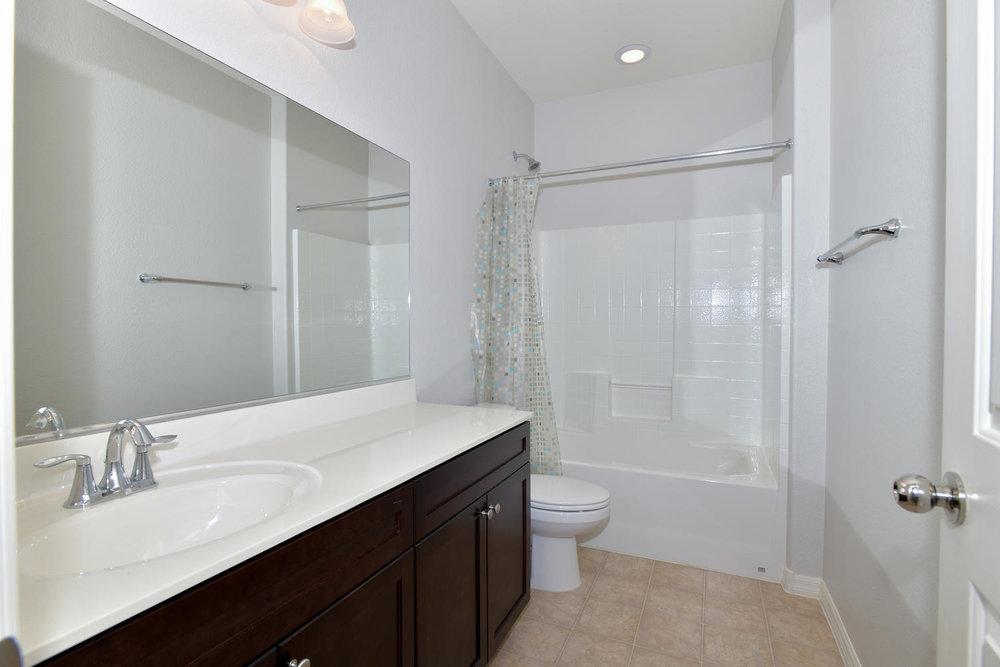 6723 Haymarket St Las Vegas NV-large-024-13-Hall Bath-1500x1000-72dpi.jpg